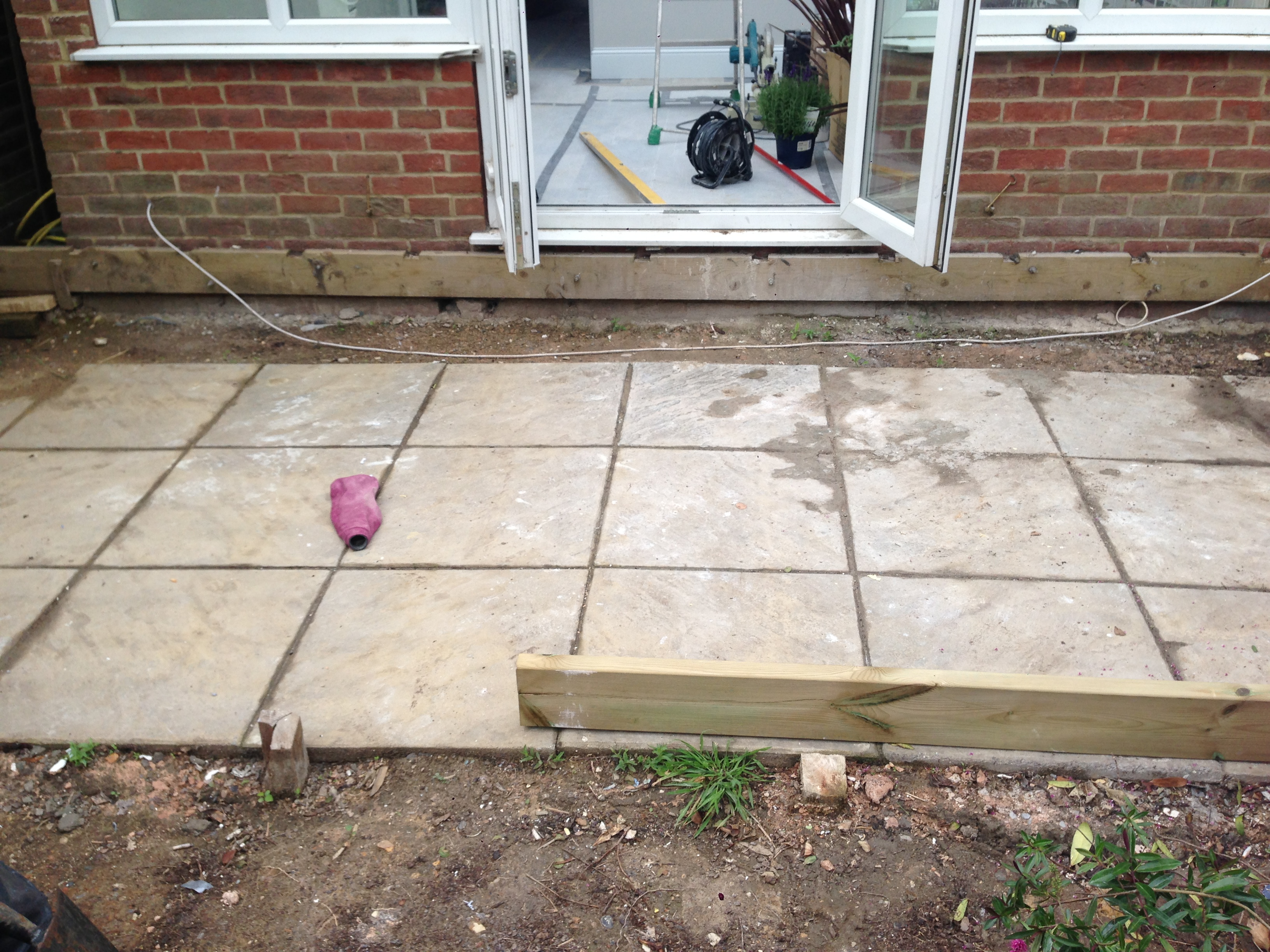 Osier Crescent N10 - the patio before